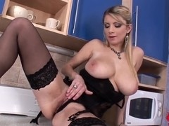 Sensual Katarina does her amazing solo in kitchen