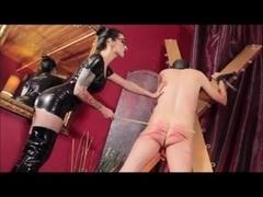 Latex Mistress Spank Slave