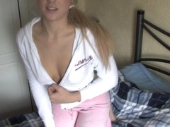 A very pretty girl shows her boobs in down blouse video