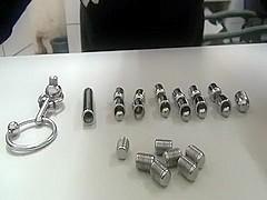 30 cm steel chain assem*****and insert urethra and bladder