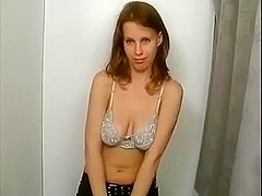 Pretty 18y old Puffy Teen talked in photoshooting