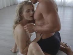 Teen slim gal Cayenne Klein fucks with dude