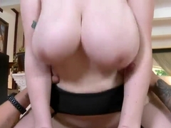 Tattooed stud Clover fucks heavy chested Siri