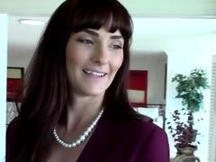 PropertySex Milf Fucks Client Pretending to Buy House