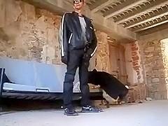 GOLDEN SHOWER, BLOW JOB & FUCK IN NEOPRENE & LEATHER