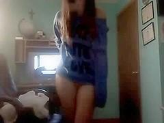 Teenage 18yo whore shows what she has