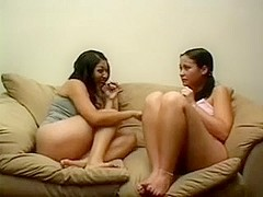 Homemade ebony clip with a babe having a lesbo action
