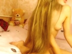 Long-haired blonde XAlyonaxx