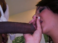 Amateur Kali Kavalli gets black penis