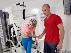 Trainer fucks petite blonde in the gym