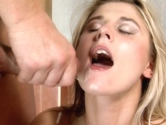 WeLikeToSuck Video: Kelly